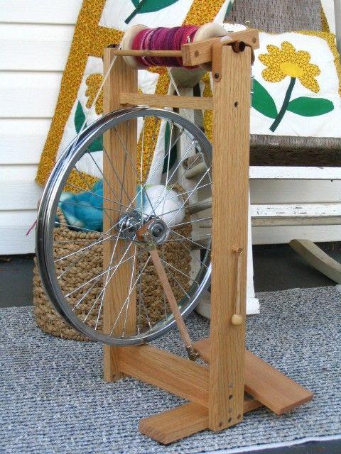 Rueca hecha con una rueda de bici. Ingenioso