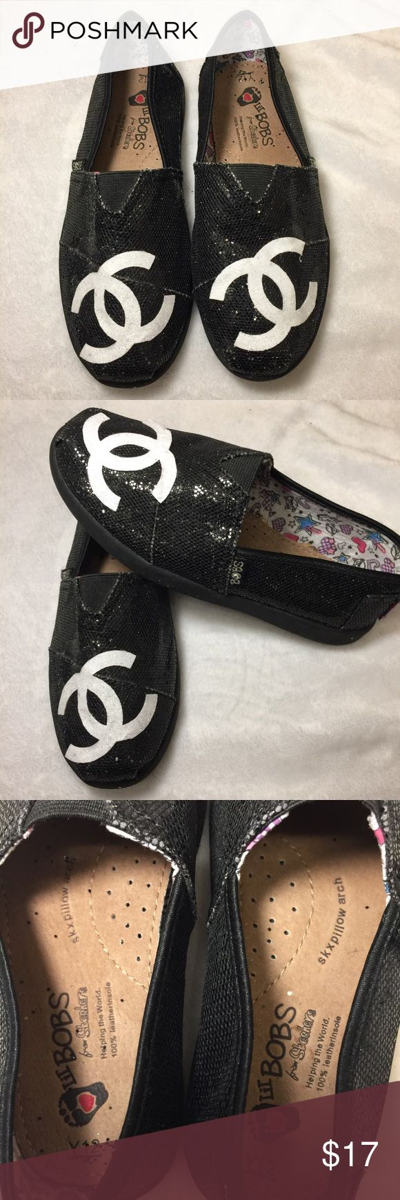 🖤Custom Lil Bobs Stechers🖤 Custom Lil Bobs Skechers. I customs made these into Chanel I just put a Chanel logo on them! Very cute for Little's girls! NEVER WORE just been in clothes! Skechers Shoes Moccasins