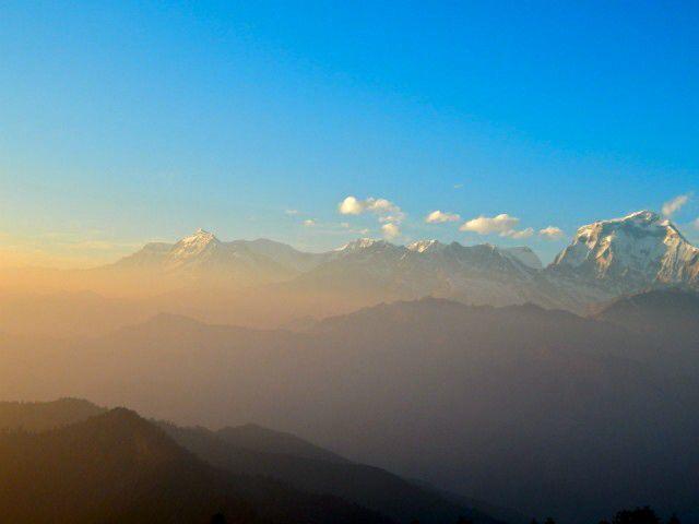 Trekking trough the Himalaya