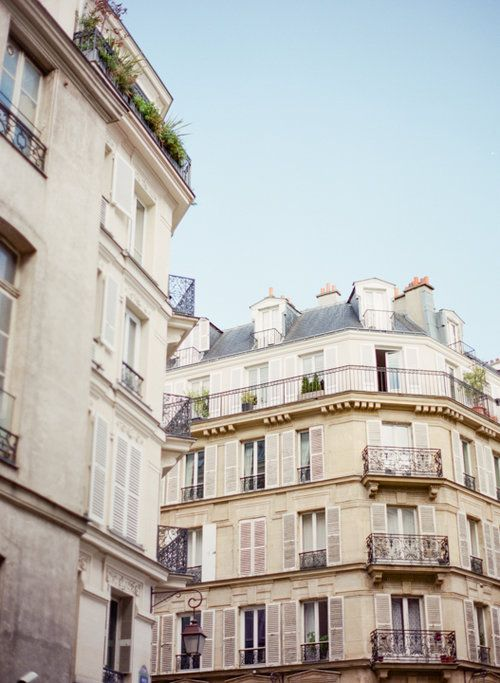 Parisian buildings. Photography by Heidi Lau.
