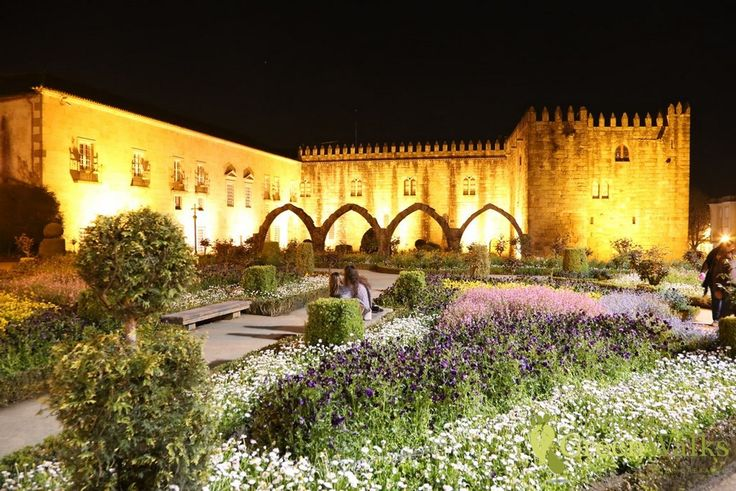 Discover the Minho's historical cities