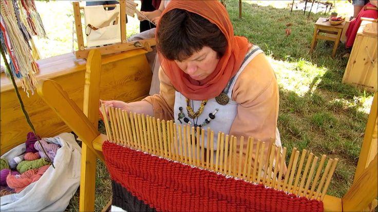 Viking Handcraft: Stick Weaving  this is fun.