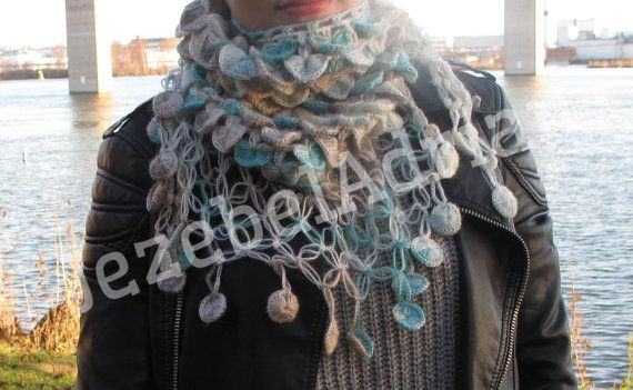Christmas gift Set of shawl / scarf / neck warmer by JezebelAdrian