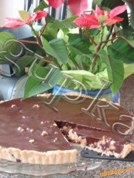 Čokoládovo orechový koláč