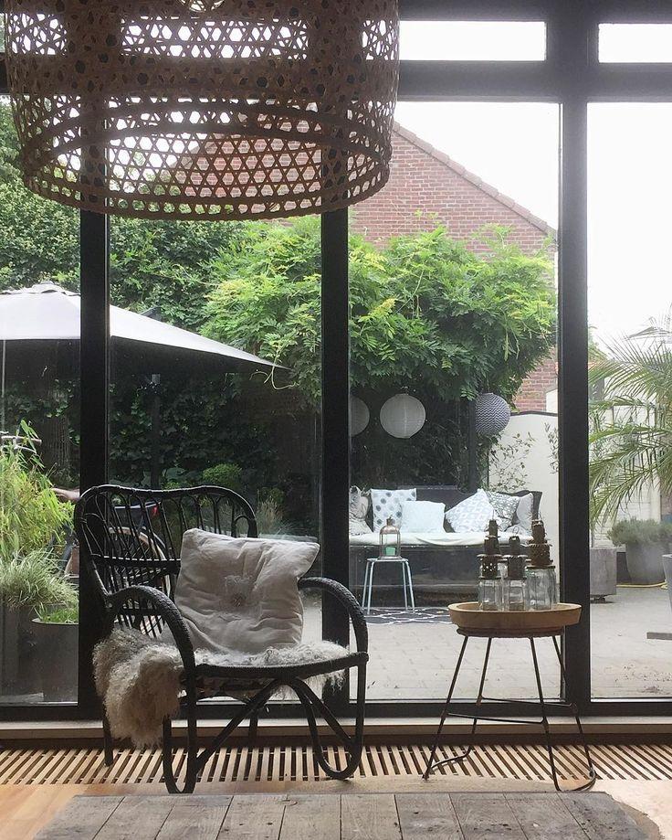 #kwantum repin: Fauteuil KENDAL > https://www.kwantum.nl/meubelen/stoelen/fauteuils/meubelen-stoelen-fauteuils-fauteuil-kendal-zwart-0712005 @leukwonen