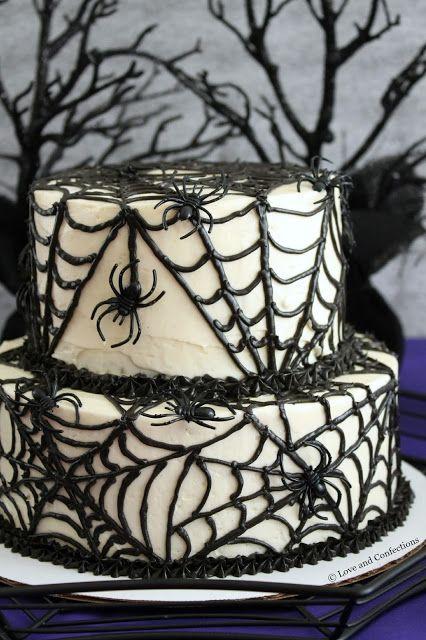 Black Velvet Spider Cake from LoveandConfections.com #SundaySupper