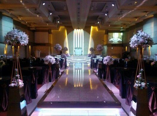 Wedding Hall in W Wedding Hall near Meokgol subway station(먹골역) in Seoul, Korea will be held my wedding ceremony. Exxxxpecting very much.