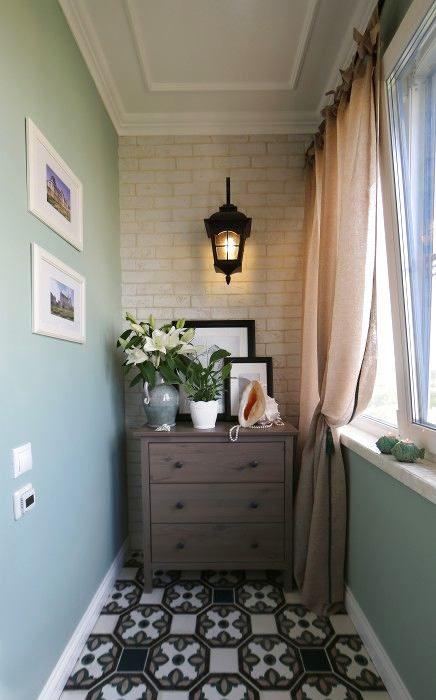 Балкон, веранда, патио в цветах: зеленый, черный, серый, светло-серый, белый. Балкон, веранда, патио в стиле средиземноморский стиль.