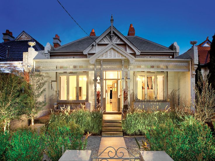 edwardian house in white and grey