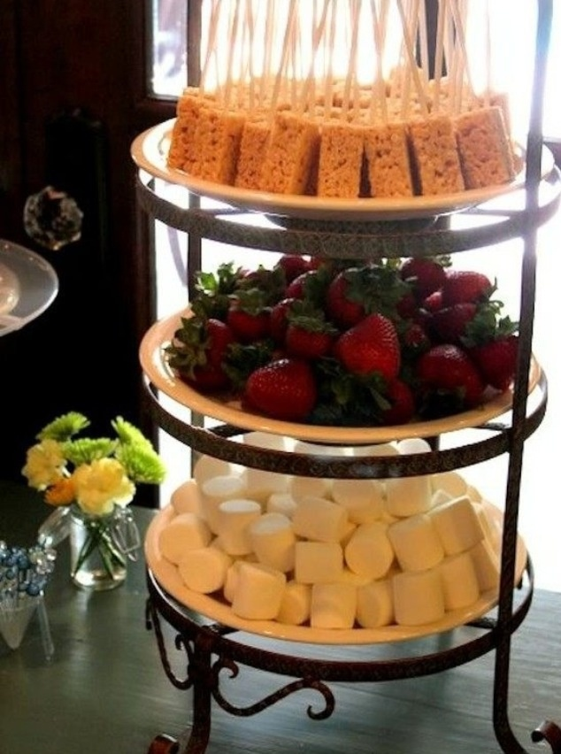 Be Creative And Mind-Blow The Guests With Chocolate ... |Chocolate Fountain Ideas