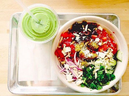 13 Meals Dietitians Would Order At Freshii