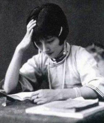 lu xiaoman in writing