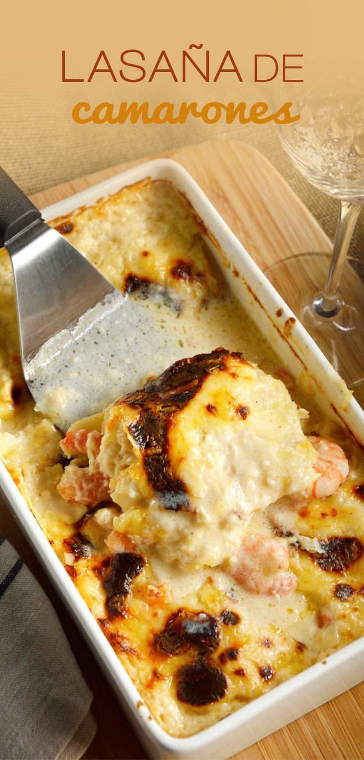 La receta de lasagna de camarones es muy sabrosa, no vas a creer lo rico que sabe ésta preparación. Es una sabrosa lasaña con camarones y queso gruyere, que te aseguramos que será el nuevo platillo favorito de tú familia. Ideal para una celebración importante.