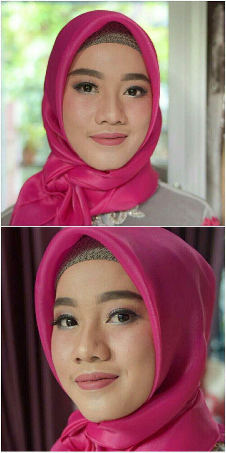 Natural makeup for graduation hijaber WhatsApp 08180817
