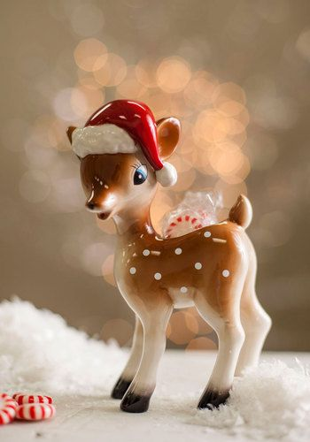 Fawn of the Holidays Candy Dish, #ModCloth  $18.99.  I may have to own this little guy.