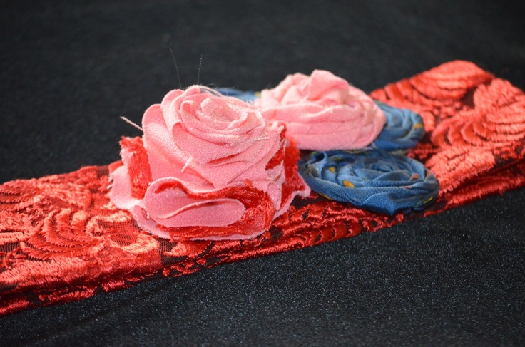 Handmade lace belt with lace and silk flowers!