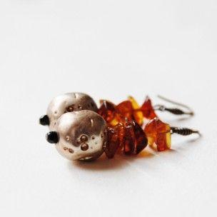 Pendientes con chips de ambar de Mercè Jo #art #handmade #earrings