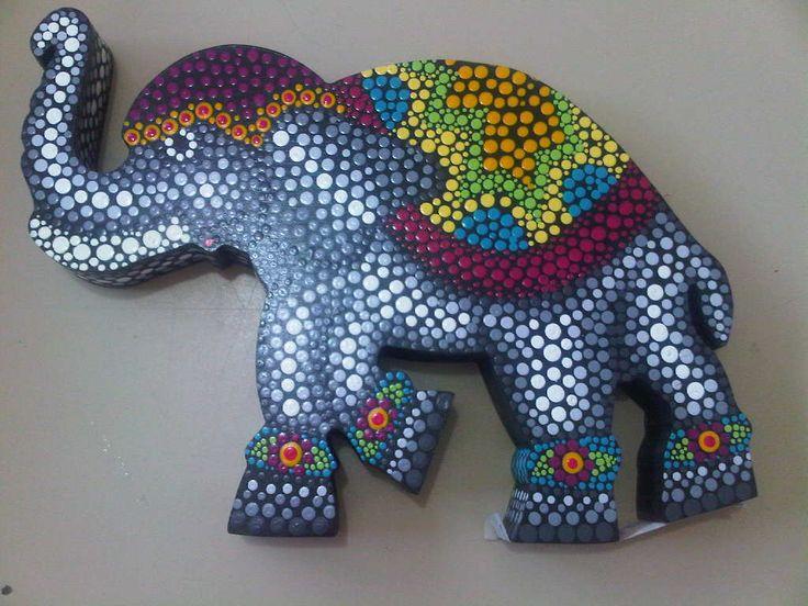 Adorno de elefante en puntos by Carol VP
