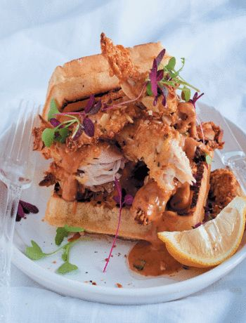 Waffles with almond-crusted chicken and barbecue mayonnaise recipe