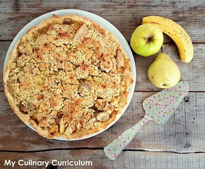 My Culinary Curriculum: Tarte poires, pommes, bananes façon crumble (Pear,...