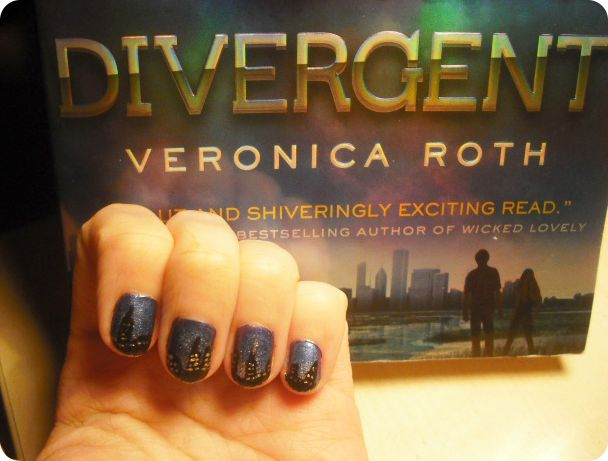 79 best fictional nail art images on pinterest book covers divergent by veronica roth insanely cool nail art designs inspired by books prinsesfo Image collections