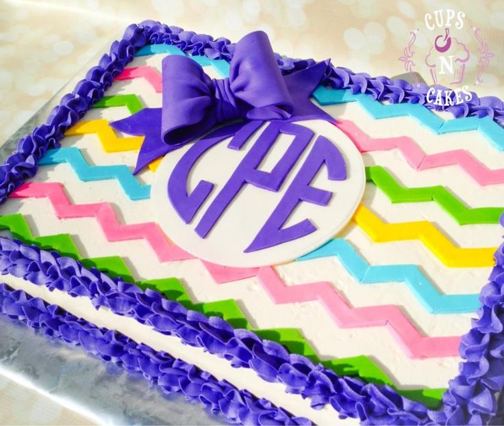 Chevron & monogram - Cake by Cups-N-Cakes
