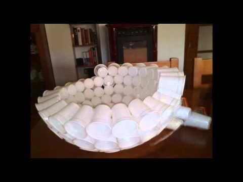 ▶ Muñeco de nieve con vasos plásticos.avi - YouTube