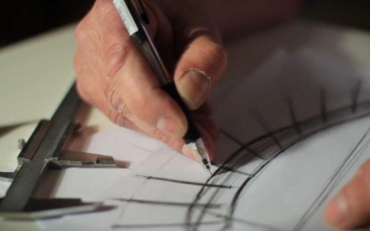 Vorentwurf der Holzlampe am Zeichenbrett