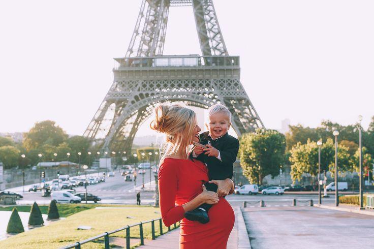Босая блондинка материнства фотографии в Париже