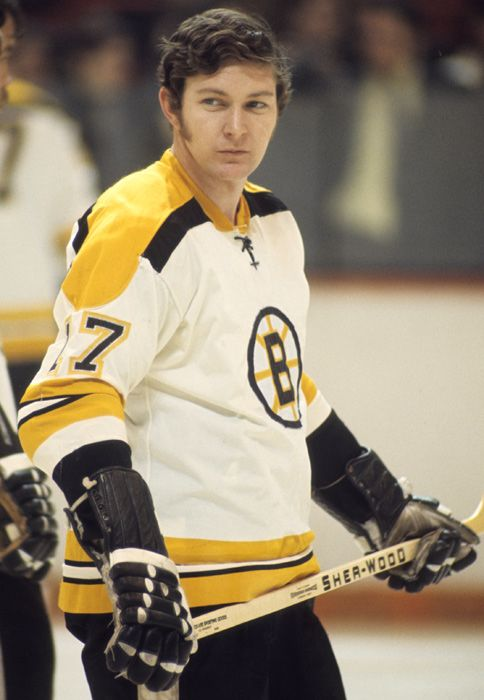 """Fred Stanfield, Boston Bruins, '67 - '73 (Blackhawks '61-67) His """"second"""" line with Bucyk and McKensie played like a first line. He was also a point on the PP unit"""