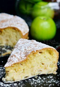 Шарлотка, Sharlotka Russian Apple Cake | from willcookforsmiles.com