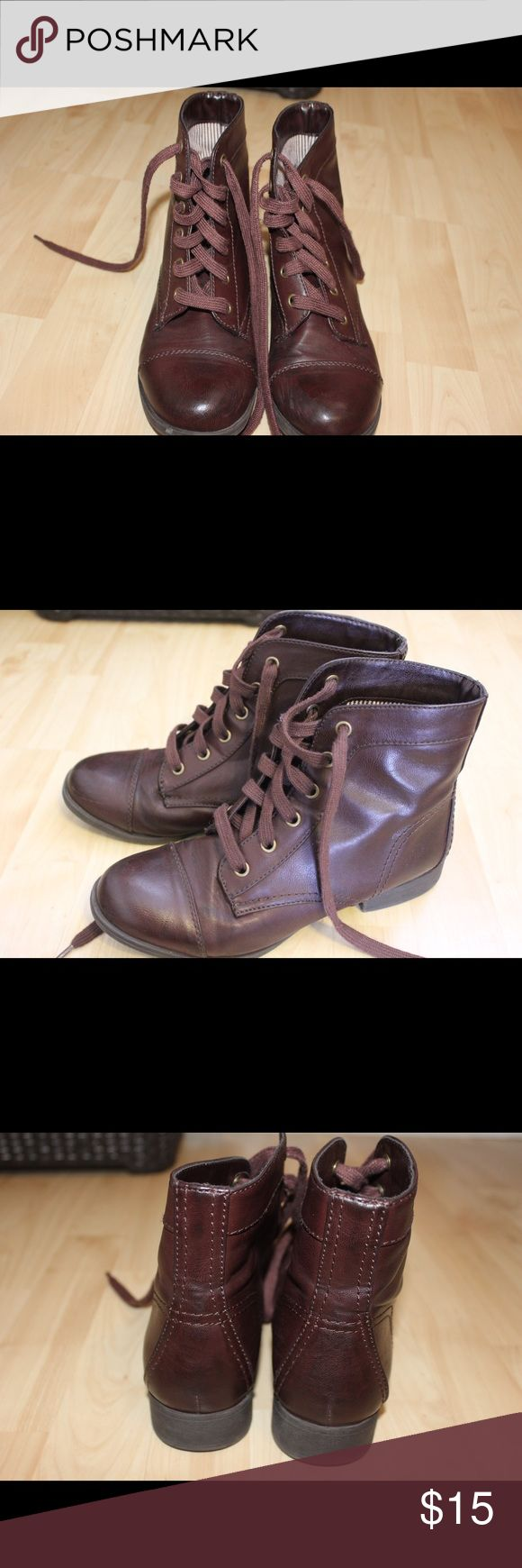 Maroon Colored Ankle Boots! I got these at PacSun and I love them, but they don't fit me anymore, I only wore them about 3 times. They are in great condition!! Super comfortable! PacSun Shoes Ankle Boots & Booties