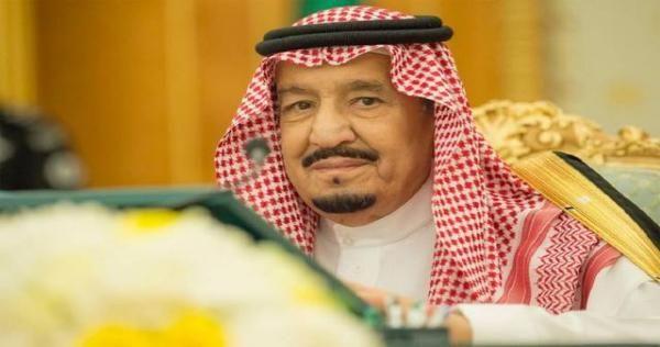 كاتب سعودي مقرب من الديوان الملكي ينقلب على السيسي ما علاقة نظام الأسد Bucket Hat Hats Newsboy