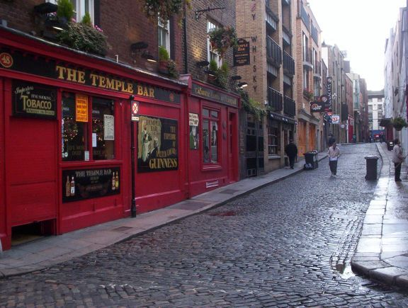 IrelandBuckets Lists, Favorite Places, S'Mores Bar, Travel Dreams, S'More Bar, Dublin Ireland, Temples Bar, Ireland Trips, Places Visit