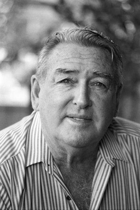 Ted Egan, Alice Springs, NT  by John Elliot - - - - - Singer, songwriter, poet, entertainer.