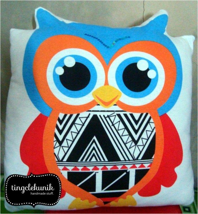 Owly cushion