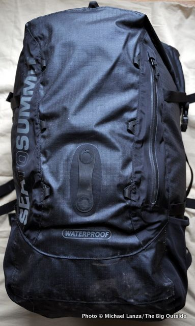 Waterproof Backpack Sea to Summit Flow Dry Pack. Protected from water and dust. Ultimate survival gear.