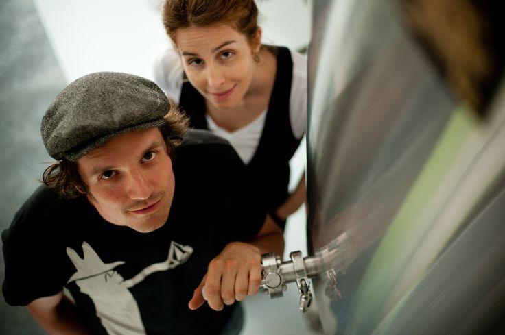 Marie-Eve Séguin et Louis Hébert Brasseur à la microbrasserie La Chouape  Crédit photo: Nicolas Lévesque