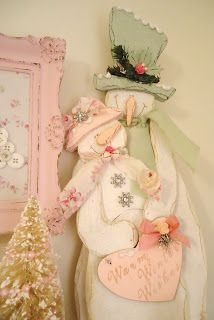to this with paints....would go great with a shabby chic room....so cute