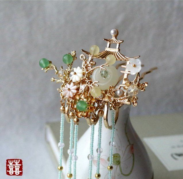 HAND MADE Women Classic Asian Chinese Pavilion Pearl Hairpin Hair Comb FREE GIFT #DoubleHappinessCurio #Combs