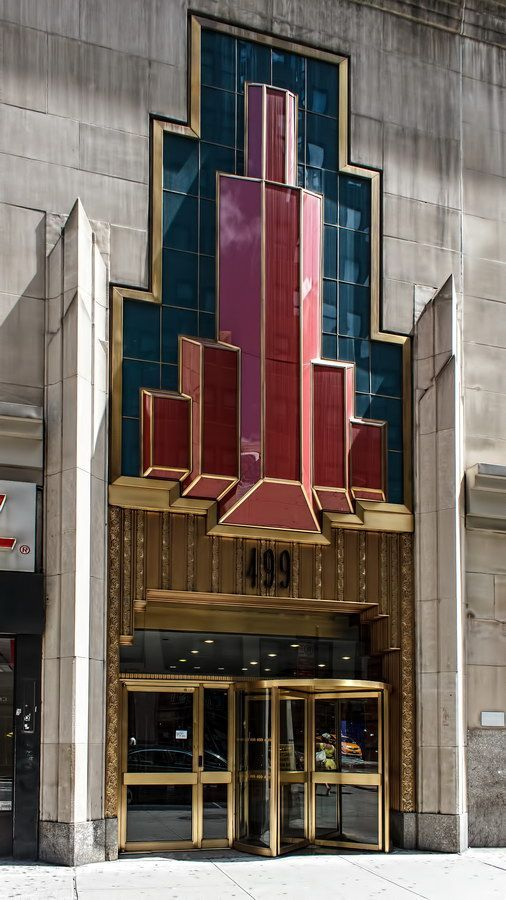 Art Deco World (@QualityArtDeco) Fashion Tower 499 Seventh Avenue, NYC is a combination of two buildings: 491 (built 1925) and 499 (built 1930)