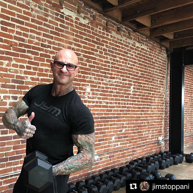 When @jimstoppani starts building a new gym the first company he calls is #BodySolid. Glad to have our hex dumbbells be the first of many Body-Solid pieces in Stoppani's brand new Hollywood #JYM.  #Repost @jimstoppani with @get_repost  #ThumbsUpThursday  Thumbs up to @bodysolidfit for their hexagon dumbbells being the first shipment to arrive to the brand-new Hollywood #JYM #jymarmy #jymstoppani #jymyfamily