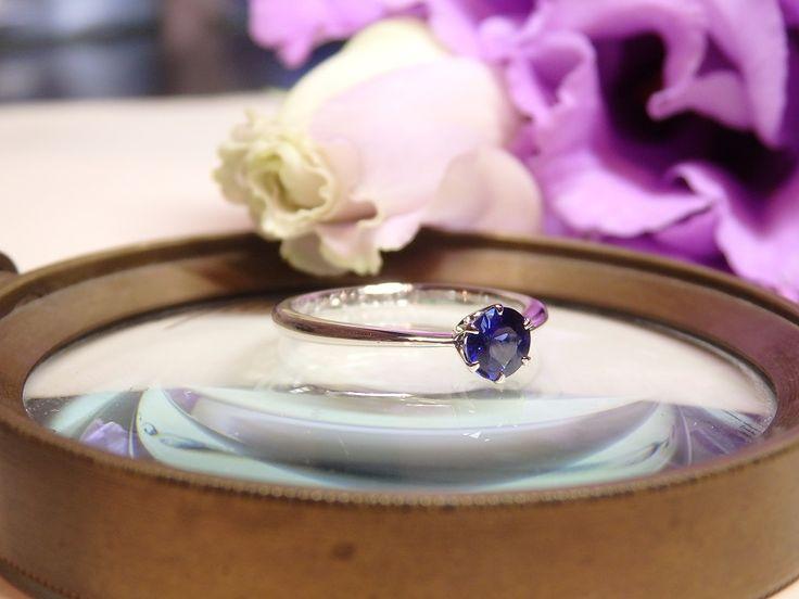 9月生まれの彼女のために選んだサファイアの婚約指輪 [エンゲージリング,engagement,eing,wedding,bridal,ith,イズ,オーダーメイド]