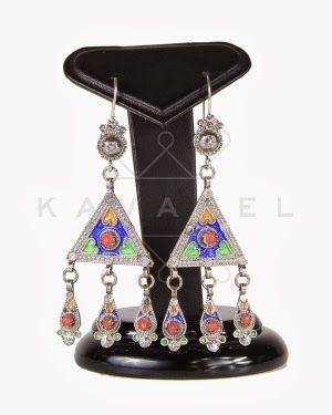17 best images about les bijoux kabyles on pinterest With robe fourreau combiné avec bijoux charms argent