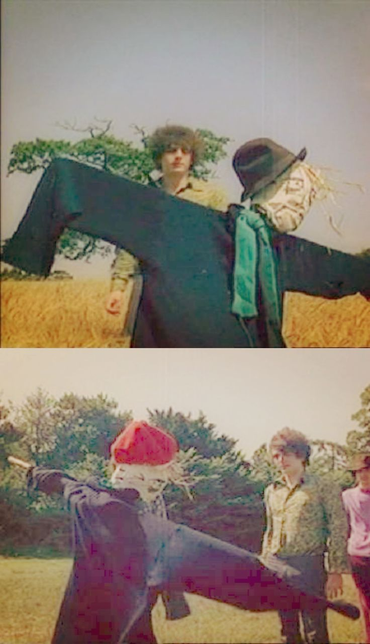 Syd in the Scarecrow video