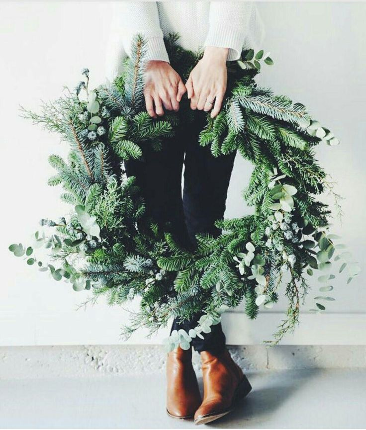 All-green wreaths . CHRISTMAS . inspirations .