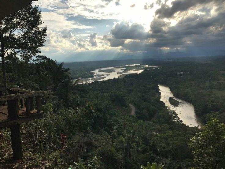 Hermosa vista, selva Amazonia, Ecuador.