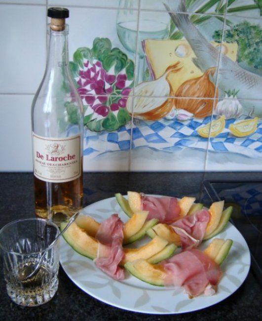 Recept voor Meloen met ham en pineau des charentes. Meer originele recepten en bereidingswijze voor voorgerechten & hapjes vind je op gette.org.