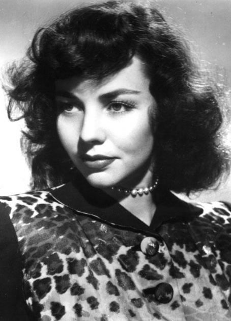 Jennifer-Jones  born Mar. 2, 1919  died Dec.17/2009 she was 90