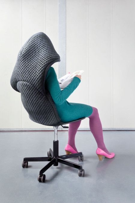 Heb je tijd voor jezelf nodig in je drukke huis of  in een gedeelde kantoorruimte? Gooi Hoodini over je hoofd en je verdwijnt per direct in je eigen wereld...